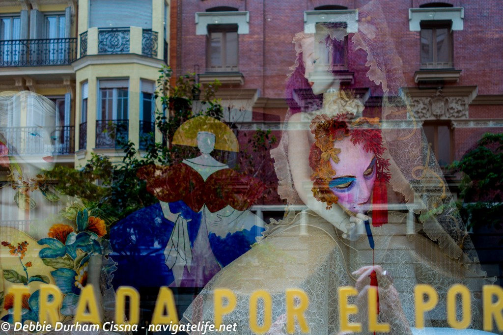 Window-Reflection-Agusty-Yebra-Madrid-Navigatelife.net